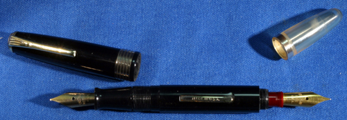 TWO NIB FOUNTAIN PEN