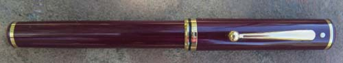 SHEAFFER'S CONNAISSEUR FOUNTAIN PEN IN BURGUNDY W/ BROADD NIB
