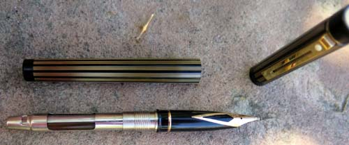 SHEAFFER TARGA REGENCY STRIPE CLASSIC FOUNTAIN PEN