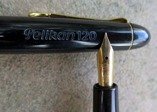 PELIKAN 120 FOUNTAIN PEN  IN  BLACK