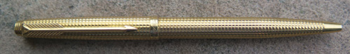 PARKER 75 DIAMANT PATTERN CAP ACTUATED BALLPOINT. Early production, gold plated, made in France, flat tassies, 20 micron (plating thickness) mark.