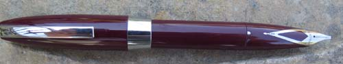 SHEAFFER PFM IN BURGUNDY WITH CRISP ITALIC NIB