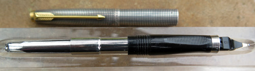 PARKER 75 fountain pen WITH STERLING SILVER CISELE PATTERN AND FLUSH TASSIES