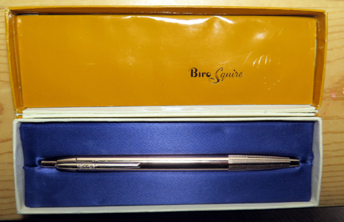 BIRO SQUIRE BALLPOINT I N ROSE GOLD