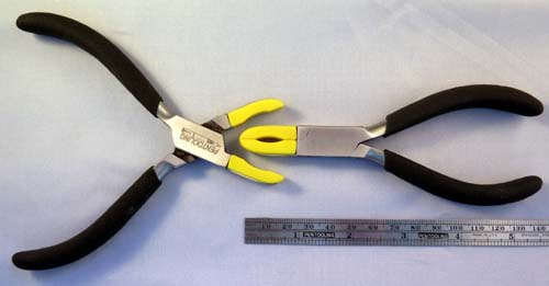 PLASTIC JAWED SECTION PLIERS