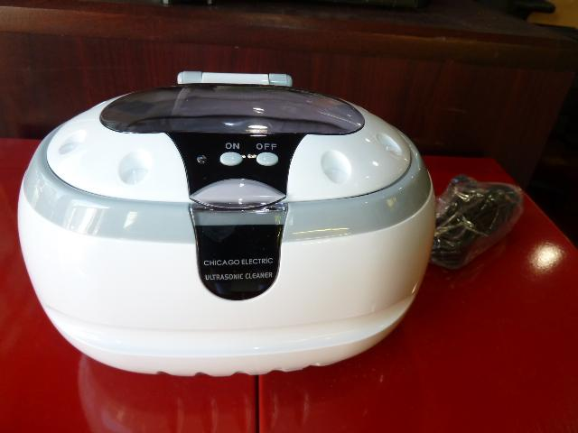 ULTRASONIC CLEANER WITH TIMER