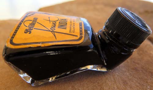 PELIKAN FOUNT INDIA INK IN FANCY DESK BASE BOTTLE