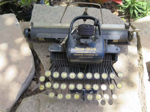 REMBLICK TYPEWRITER ca 1928